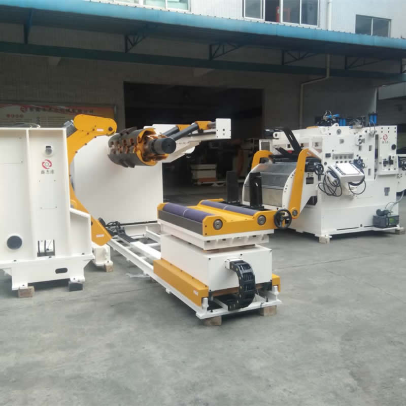 Fully Automatic Servo Uncoiler Straightening With OEM Service